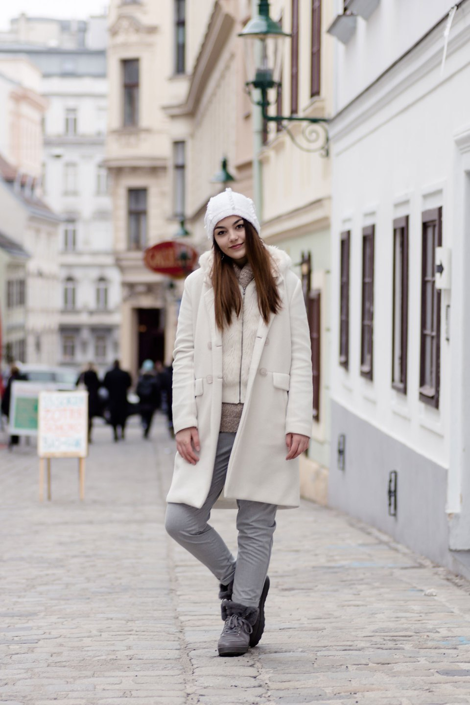White Layering Winterlook