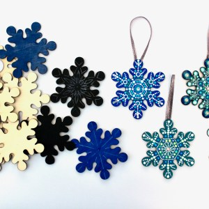 Wood Snowflakes Unpainted