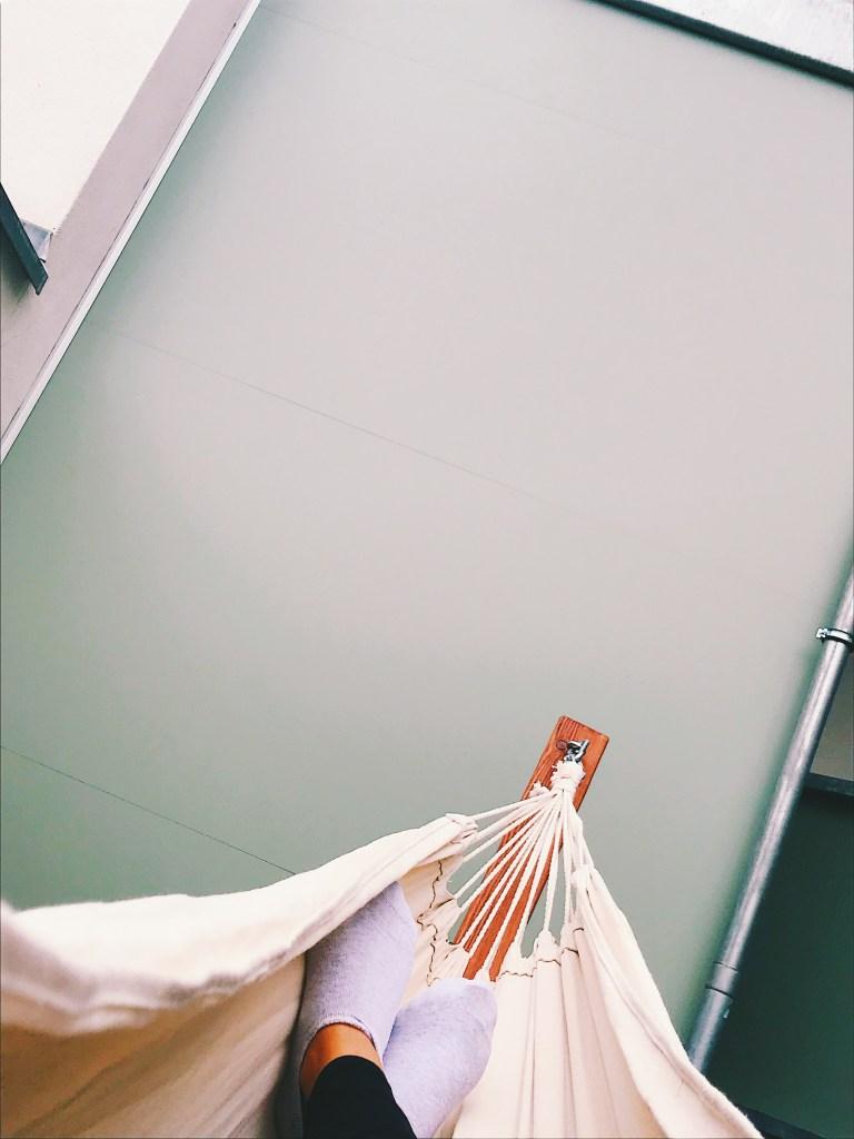 Feet hammock