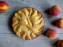 Peach and Almond Cake
