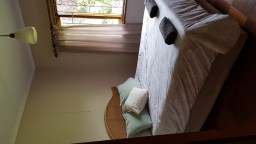 Swallowfield Cottage: Bedroom 1