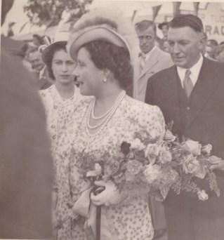Visit to Bergville: Queen Elizabeth and Princess Elizabeth