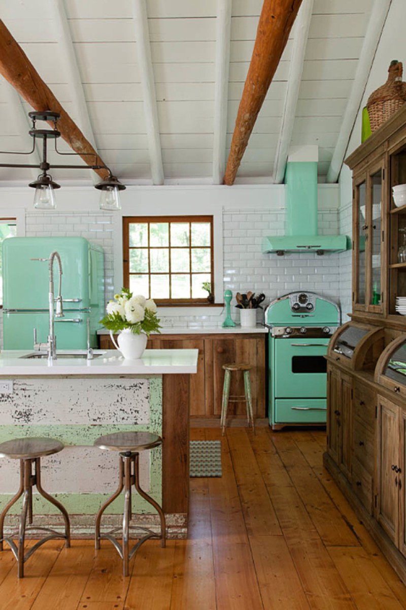 Kitchen mint green