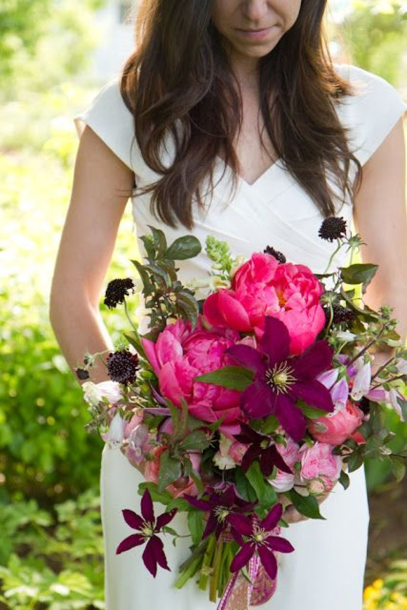 Wedding Spotlight : Clematis Flowers