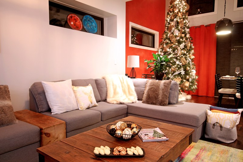 Dreamhouse Project Canadian Christmas Home Tour: family room