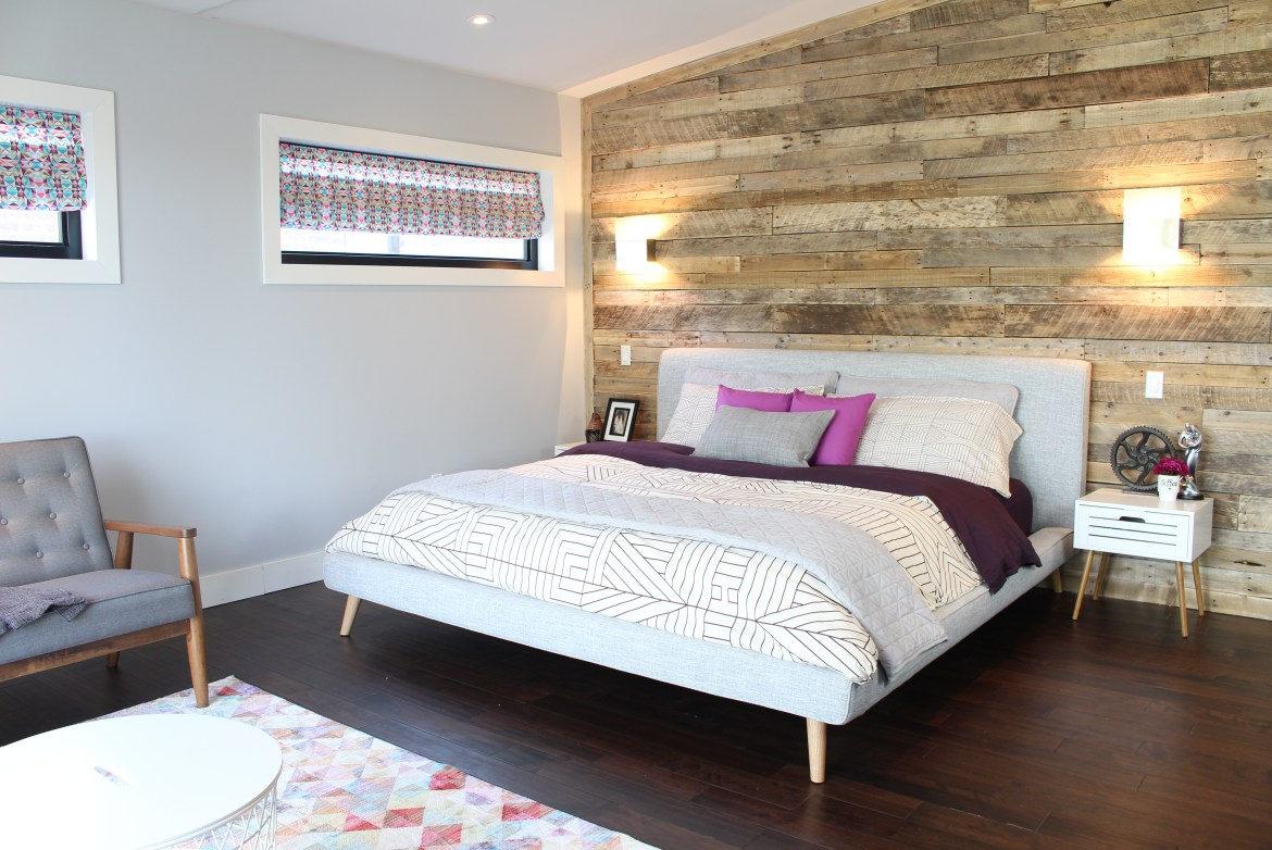 Dream Bedroom After: New bed and pallet wall