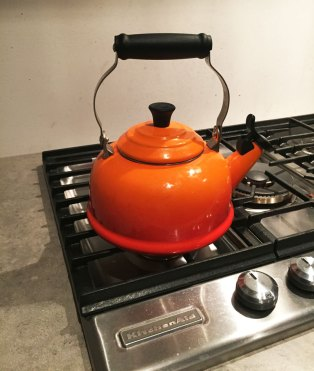 Our Le Creuset kettle provides colour inspiration for the space