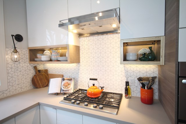 The Dreamhouse Project - Dream Kitchen Reveal with pops of orange