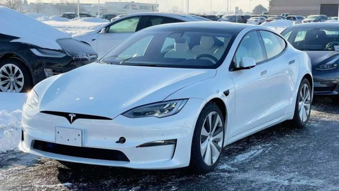 New Version Of Tesla Model S Spotted With Refreshed Interior And Exterior Design