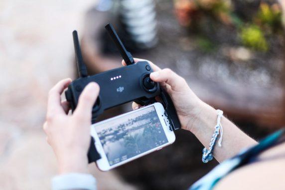 DJI Mavic Mini controller smartphone flight modes