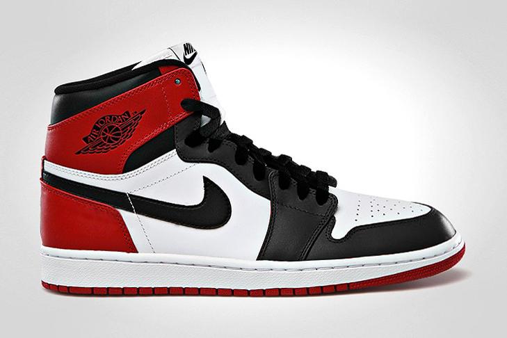 "Air Jordan 1 Retro High OG ""Black Toe"""