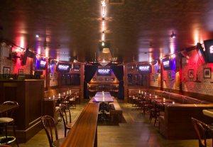 The 6 Best Manhattan Bars To Watch A Knicks Game