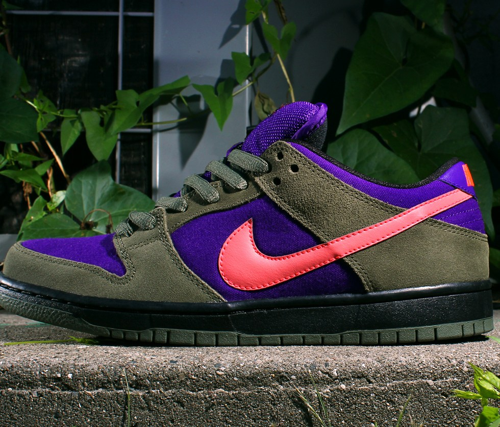 Nike SB Dunk Low Pro – Olive/Atomic Red-Electric