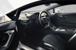 Lamborghini Debuts the New Huracán LP 610-4