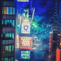 TIMES SQUARE TIME-LAPSE CAPTURES NEW YEAR'S EVE IN NYC