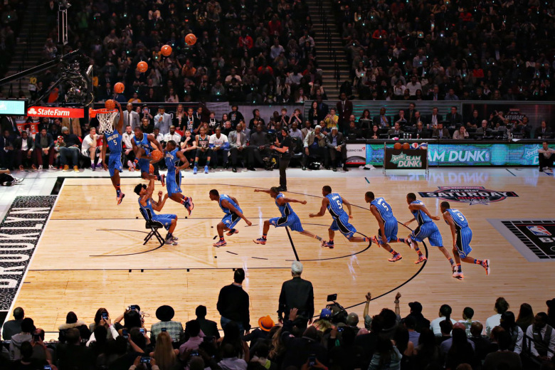 Check Out These Visuals of The NBA All-Star Slam Dunk Contest