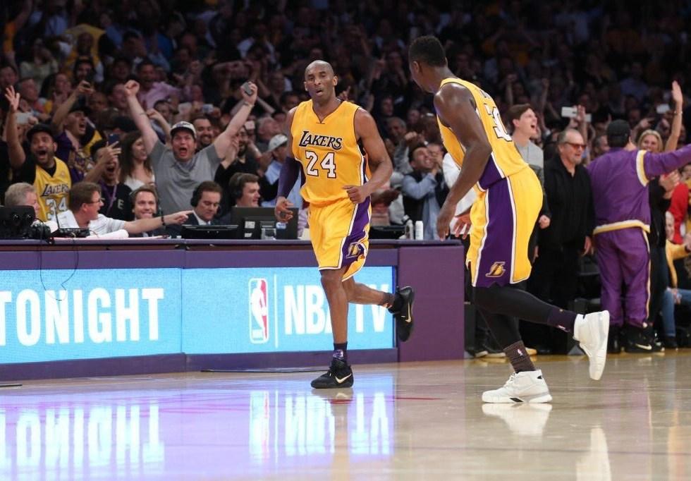 """Mamba out."" - Kobe Bryant Drops 60 Points"