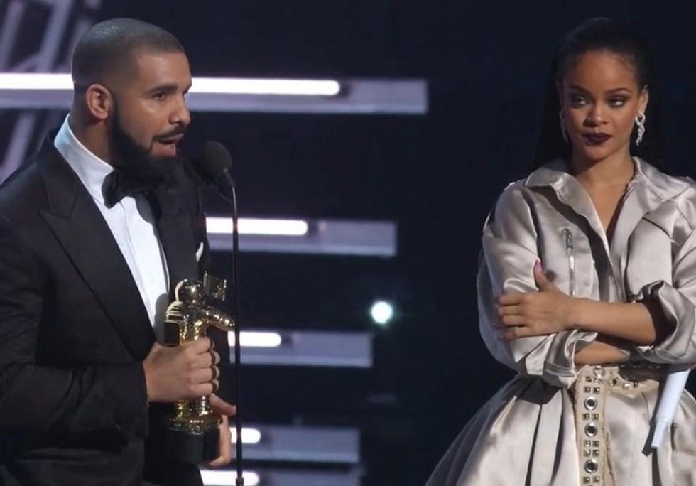 Drake Presents Rihanna the Video Vanguard Award at 2016 VMAs