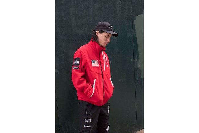 supreme-the-north-face-2017-spring-summer-lookbook-yellow-red-fleece-jacket-3