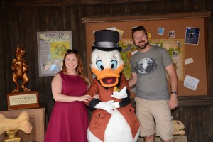Meeting Scrooge McDuck (Uncle Scrooge) at Donald's Dino-Bash