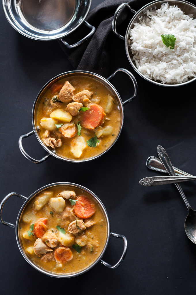 Easy One Dish Red Curry Chicken for the cool Autumn nights, cook it all in one pot and that's it a fail safe recipe!