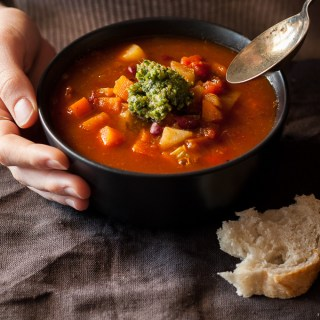 Easy Italian Minestrone Soup