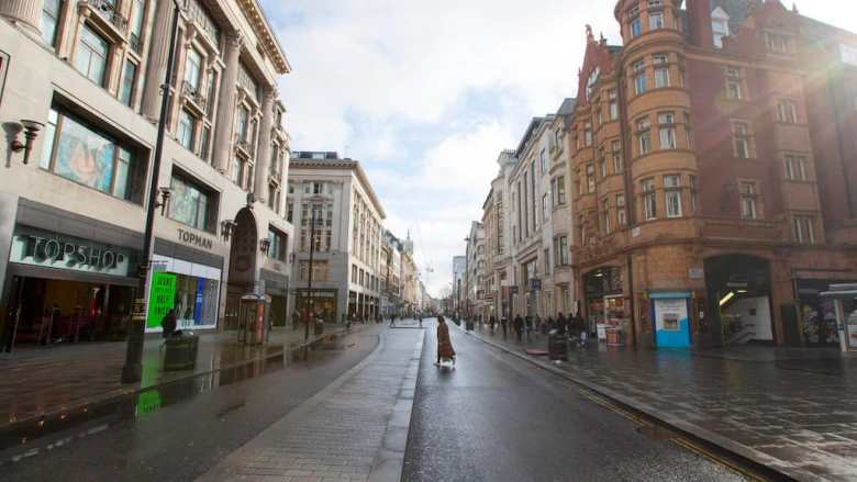 Oxford Street empty due to COVID-19 de-growth