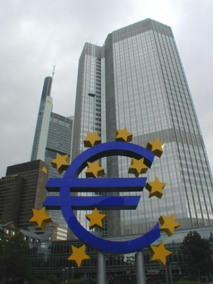 European Central Bank, Frankfurt - by jpatokal