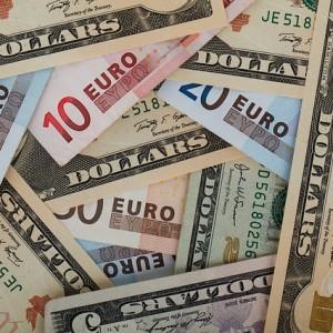 Dollars Euros - Public Domain