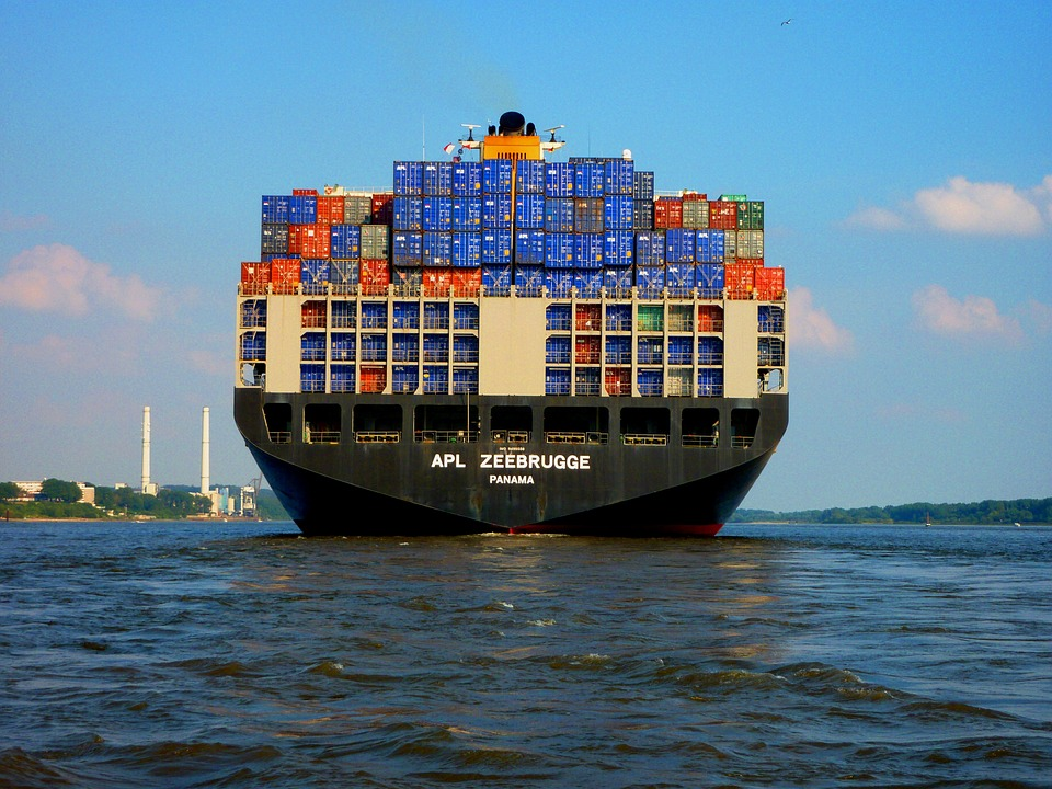 https://i2.wp.com/theeconomiccollapseblog.com/wp-content/uploads/2016/01/Container-Ship-Public-Domain.jpg