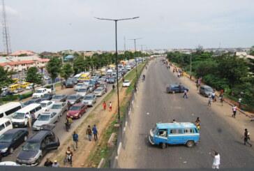 #ENDSARS Protest Lagos Ibadan Expressway remain Close