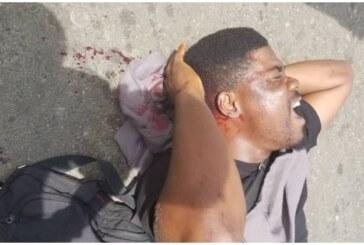 Policemen brutalise PUNCH journalist at Lagos' October 1 protest