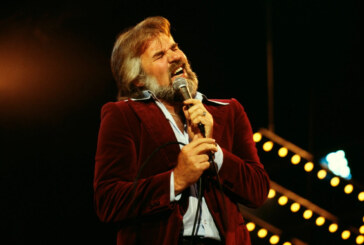 Kenny Rogers' Hit Song 'The Gambler': The Story Behind the Country Classic