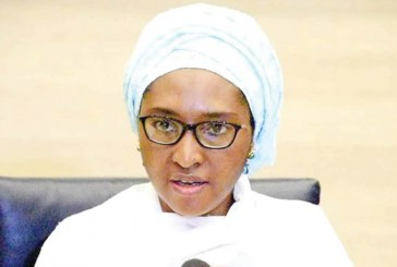 Oil price slump threatens Nigeria's 2021 budget – FG