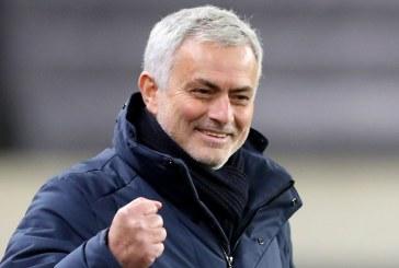 Roma appoint Mourinho as new head coach