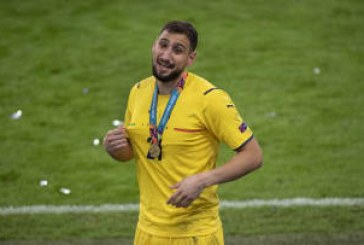 Italy goalkeeper Donnarumma signs five-year deal with PSG