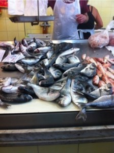 Lecce fish market awaiting table