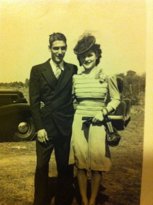 Couple dressed up 1940s, Travel Hat, www.theeducationaltourist.com
