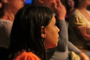 girl watching live show, Flamenco, www.theeducationaltourist.com