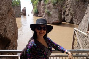 The Educational Tourist at Hopewell Rocks in Canada, Canada Travel Itinerary, www.theeducationaltourist.com