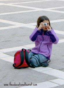 Child with camera, vacation photo tips, www.theeducationaltourist.com