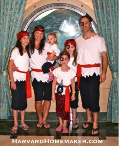 Disney-Cruise-Pirate-Costumes-for-the-Family