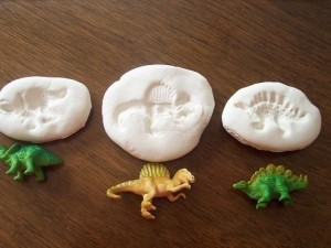 play dough recipe for making fossils, Austin Visit, www.theeducationaltouristi.com