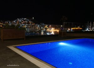 Rooftop swimming pool Ilayda hotel Kusadasi Turkey, www.theeducationaltourist.com