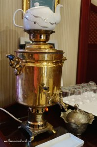 hot tea pot, Sirkeci mansion Istanbul Turkey, www.theeducationaltourist.com