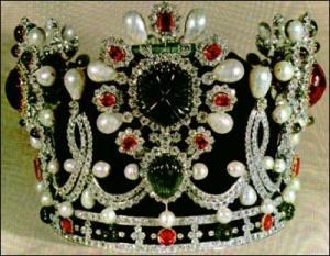 Crown Jewels in Tehran, Coronation Crown of Empress Farah