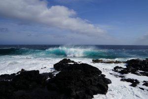 Waves in Hawaii, Hawaii, the BIG island Hawaii, the BIG island