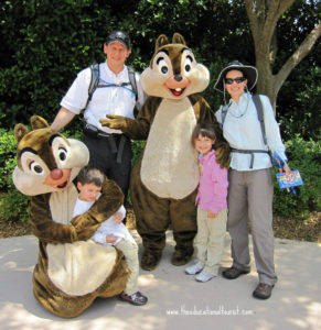 Family with chipmunks at Disney, Disney made easy, www.theeducationaltourist.com