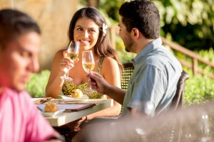 couple dining at Aulani in Hawaii