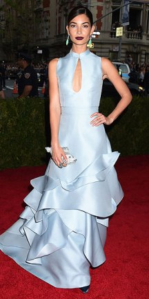Lily Aldridge in Carolina Herrera